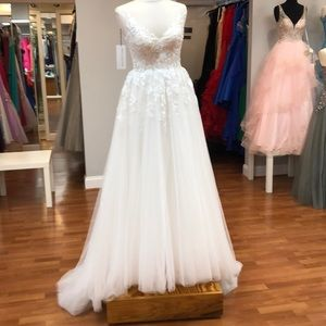 Wedding gown with lace pattern